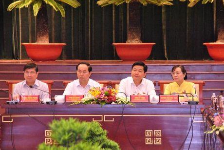 Chu tich nuoc Tran Dai Quang: Doanh nhan phai la 'nhung nguoi linh tien phong tren mat tran kinh te' - Anh 3