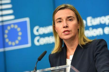 EU khong tan dong viec ap lenh trung phat moi voi Nga va Syria - Anh 1