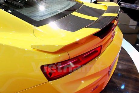 Can canh 'Ngoi sao Hollywood' Chevrolet Camaro SS 2016 tai VMS - Anh 3