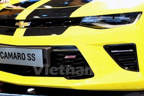 Can canh 'Ngoi sao Hollywood' Chevrolet Camaro SS 2016 tai VMS - Anh 7
