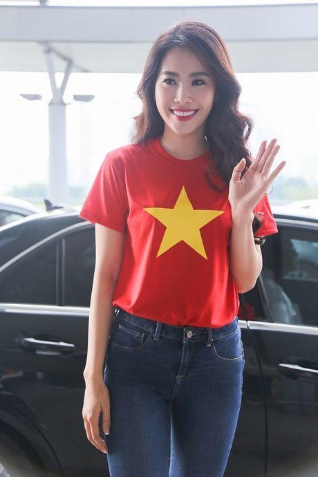 Nam Em mac gian di, tu tin len duong du thi Miss Earth - Anh 3