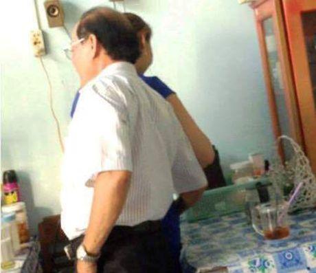 Hot tren face 6.10: Viet Huong phan phao anti-fan tren facebook, Bang Kieu cung bi 'chui' khi di an bun mang - Anh 3