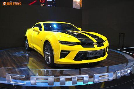 'Soi' sieu xe Chevrolet Camaro SS 2017 dau tien tai VN - Anh 1