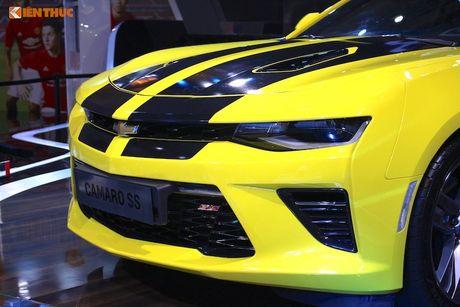'Soi' sieu xe Chevrolet Camaro SS 2017 dau tien tai VN - Anh 3
