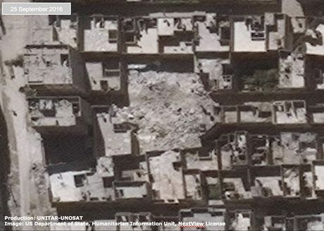 Anh ve tinh Aleppo tan hoang trong mua bom bao dan - Anh 7