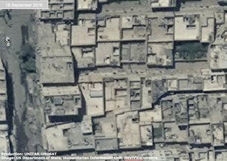 Anh ve tinh Aleppo tan hoang trong mua bom bao dan - Anh 8