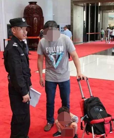 """Than nhien cho con """"te"""" bay tren tham do cua hoi nghi Thuong dinh G20 - Anh 1"""