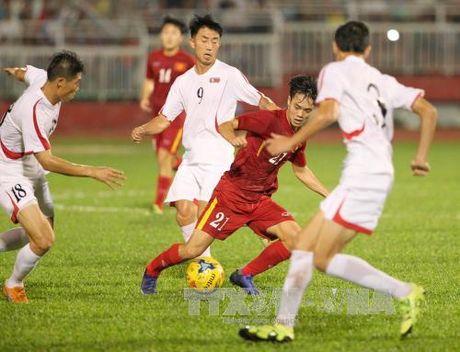 Tuyen Viet Nam thang dam CHDCND Trieu Tien 5-2 - Anh 1