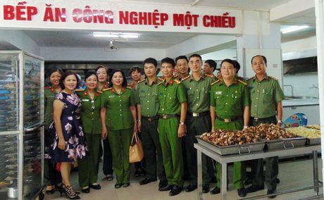 "Cong doan Tong cuc Chinh tri CAND ""ve nguon"" tai Quang Nam - Anh 1"