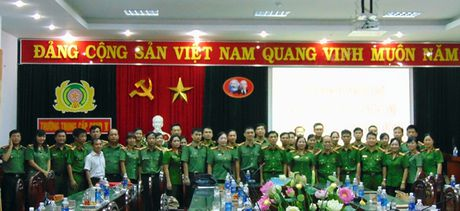 "Cong doan Tong cuc Chinh tri CAND ""ve nguon"" tai Quang Nam - Anh 5"