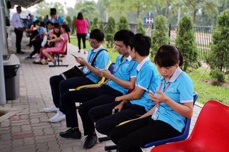 Bloomberg: Samsung giup nong dan Viet Nam kiem nhieu tien hon ca nhan vien ngan hang - Anh 4