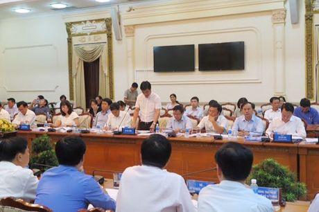 Bo truong Pham Hong Ha lam viec voi UBND TP Ho Chi Minh - Anh 3