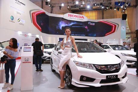 Tam diem Civic moi o gian hang Honda Viet Nam - Anh 3