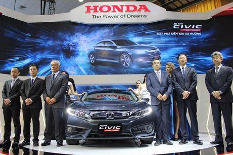 Tam diem Civic moi o gian hang Honda Viet Nam - Anh 6