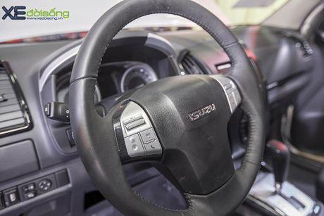 Kham pha SUV dac biet Isuzu mu-X Limited gia 990 trieu dong - Anh 10