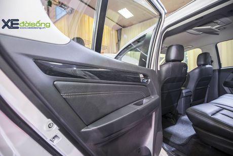 Kham pha SUV dac biet Isuzu mu-X Limited gia 990 trieu dong - Anh 12