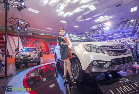 Kham pha SUV dac biet Isuzu mu-X Limited gia 990 trieu dong - Anh 1