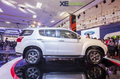 Kham pha SUV dac biet Isuzu mu-X Limited gia 990 trieu dong - Anh 4