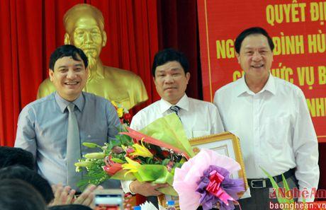 Con Cuong co tan Bi thu Huyen uy - Anh 4