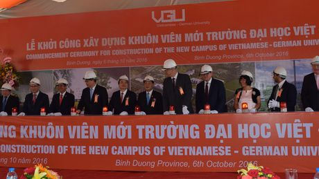 Khoi cong xay dung khuon vien Truong DH Viet Duc - Anh 1