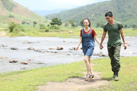 Angela Phuong Trinh va Vo Canh dep doi trong phim moi - Anh 2