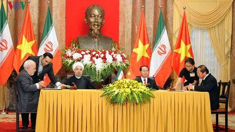 Viet Nam - Iran ky thoa thuan hop tac ve TT&TT - Anh 1