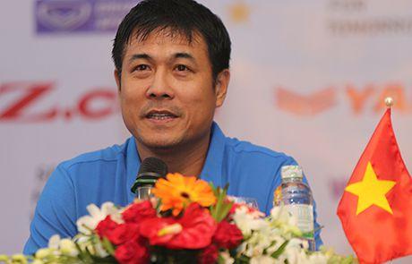 HLV Huu Thang: 'Cong Phuong, Tuan Anh deu co co hoi da chinh' - Anh 1