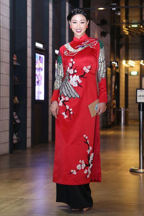 Maya - Nha Phuong rang ro trong buoi ra mat phim 'Sai Gon anh yeu em' - Anh 3