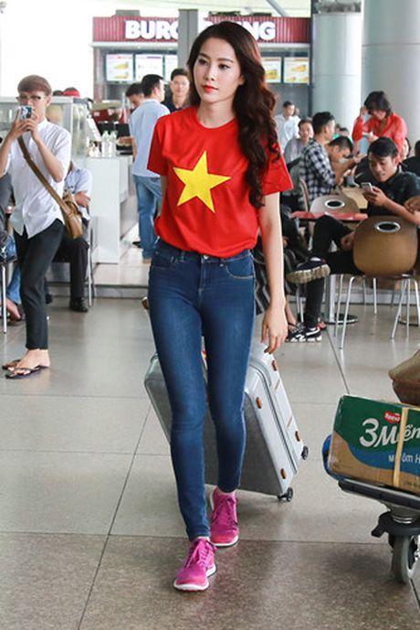 Nam Em mang 11 va ly di tham du Hoa hau Trai dat 2016 - Anh 3
