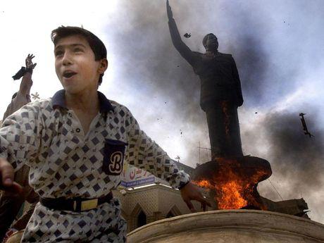 Bao Anh: My chi hon 500 trieu USD de lam video tieu cuc ve al-Qaeda - Anh 1