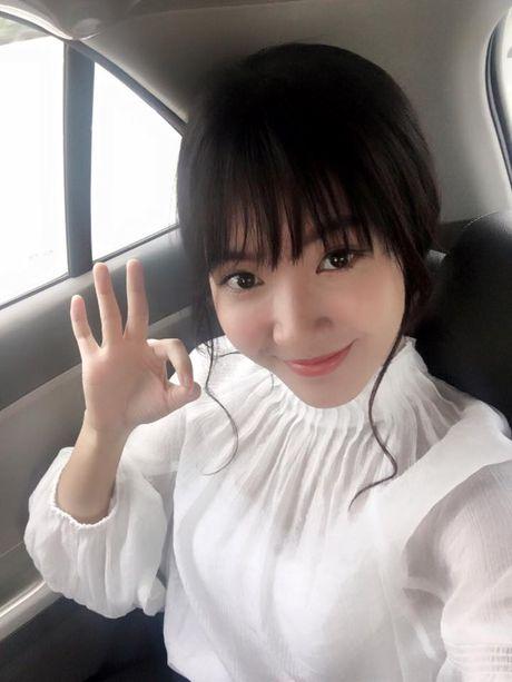 'Hot girl xe bus' bi che khi thu suc hat nhac Trinh - Anh 9
