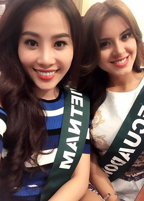 Hinh anh dau tien cua Hoa khoi Nam Em tai Miss Earth - Anh 2