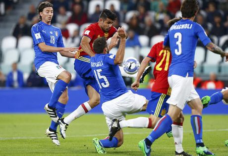 Tay Ban Nha mat co hoi thang Y vi Sergio Ramos - Anh 3