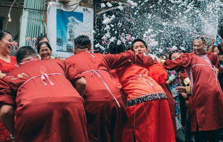 Le an hoi 'cuc chat' cua stylist Sai Gon xinh dep va chong doanh nhan - Anh 11