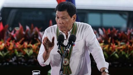 Tong thong Duterte: Philippines 'khong an xin' My, EU - Anh 1
