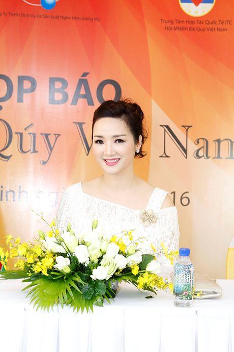 Trung tuong, nha van Huu Uoc lam co van cuoc thi 'Nu hoang da quy Viet Nam' - Anh 3