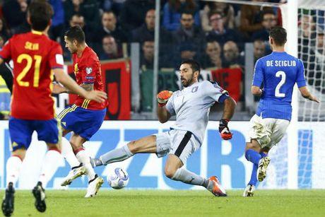 Tay Ban Nha van khong the thang Italy - Anh 1