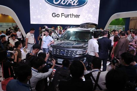 Ford Exploder co gi de chinh phuc thi truong Viet? - Anh 2
