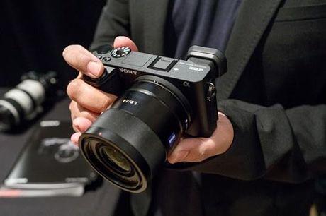 Ra mat A6500, Sony khien nguoi dung bat ngo - Anh 1