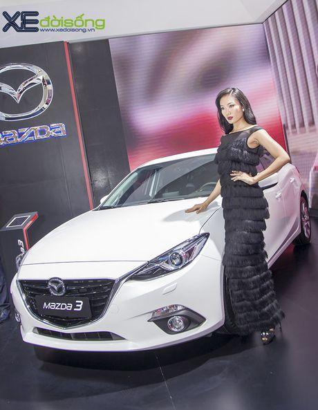 Nguoi dep Nhu Van, Minh Tu cuon hut tren san dien Mazda - Anh 12