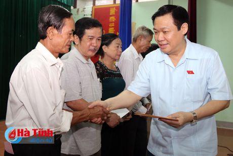 Pho Thu tuong Vuong Dinh Hue chia se kho khan voi tieu thuong cho Son - Anh 2