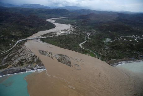 Haiti tan hoang sau bao Matthew, da co it nhat 339 nguoi thiet mang - Anh 15
