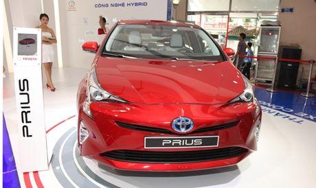 Toyota Prius hybrid 2016 co mat tai Ha Noi - Anh 1