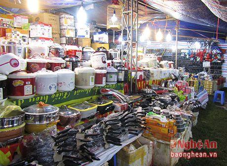 100 gian hang tham gia Hoi cho thuong mai Que phong nam 2016 - Anh 2