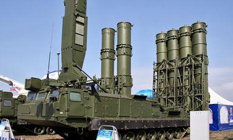 Ten lua S-300VM, vu khi hoan thien luoi phong khong Nga o Syria - Anh 1