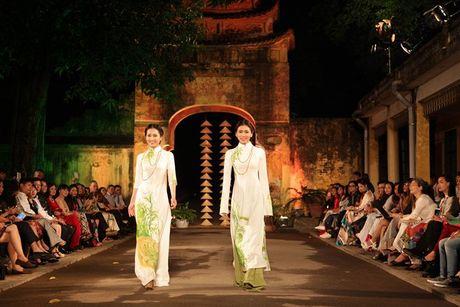 Festival Ao dai Ha Noi 2016 trinh dien tai Hoang thanh Thang Long - Anh 2