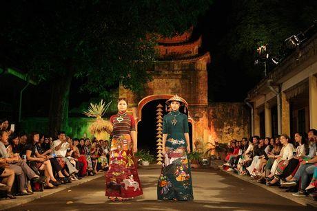 Festival Ao dai Ha Noi 2016 trinh dien tai Hoang thanh Thang Long - Anh 4