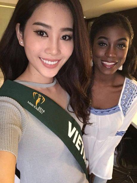 Nam Em noi bat khi do sac cung dan thi sinh Miss Earth 2016 - Anh 10