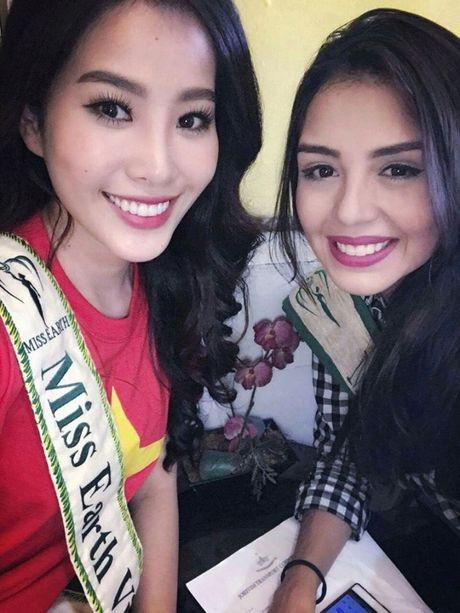 Nam Em noi bat khi do sac cung dan thi sinh Miss Earth 2016 - Anh 2