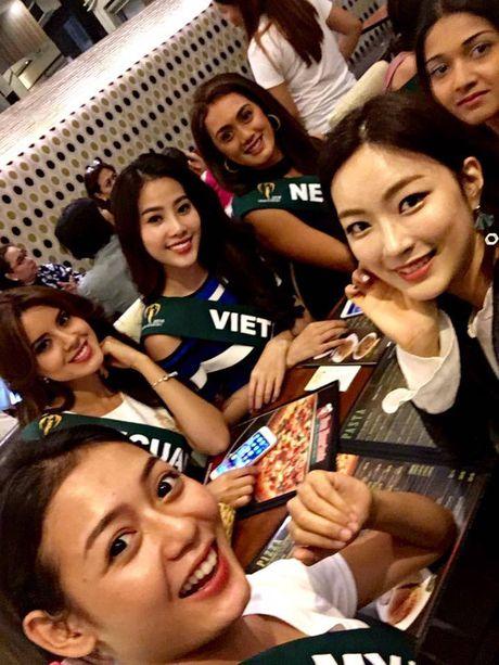 Nam Em noi bat khi do sac cung dan thi sinh Miss Earth 2016 - Anh 4